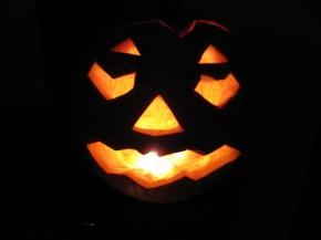 glowing jack-o-lantern